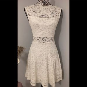 Ivory Lace / Lined Mini